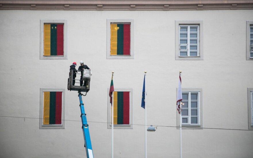 Trispalvės kėlimo nurodymai gąsdina: tai pilietiškumo ribojimas