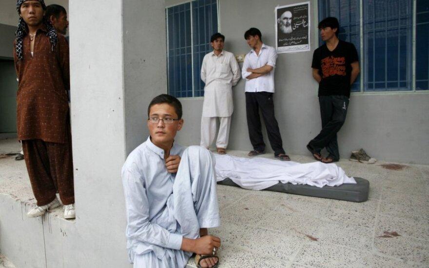 Teroristų išpuolis prie mečetės Pakistane