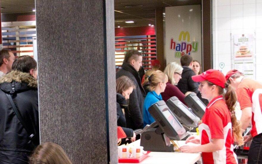 """""""McDonald's"""" restoranuose – kainų pokyčiai"""