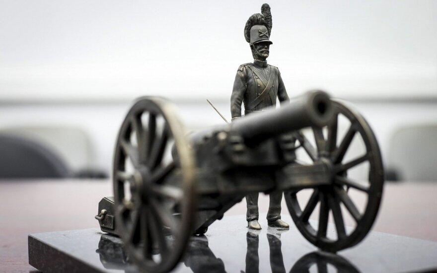 Lietuvos karių skulptūrėlės