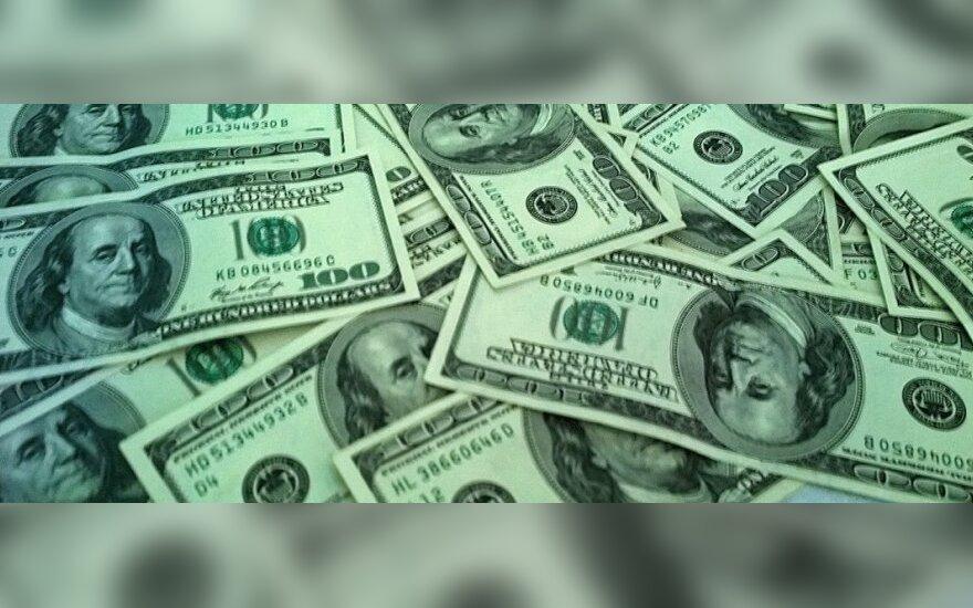 Amerikiečiai pasiskolino rekordinę sumą pinigų automobilių pirkimui