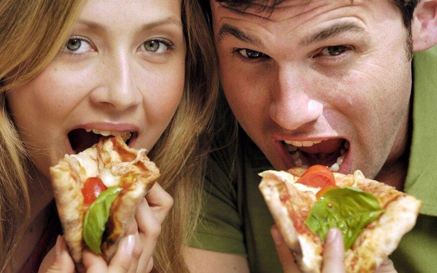 3 mitybos įpročiai, kurie ypač kenkia kepenims