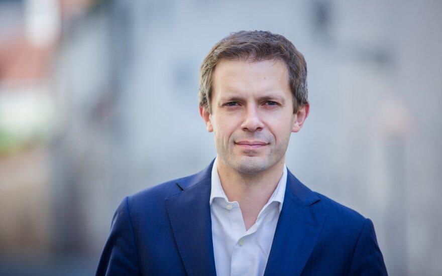 """Andrius Tapinas. Už kiek """"laikų"""" kandidatai į prezidentus parodys nuogą <em>dupcę</em>?"""