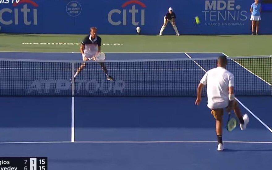Vašingtono turnyro finalas: Nickas Kyrgiosas ir Daniilas Medvedevas