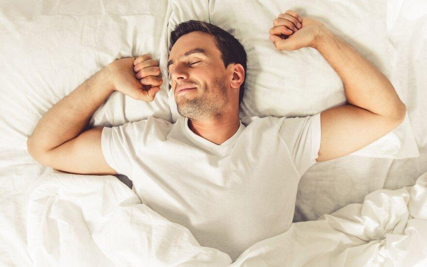 Mokslininkai siūlo 13 000 svarų už gulėjimą lovoje du mėnesius