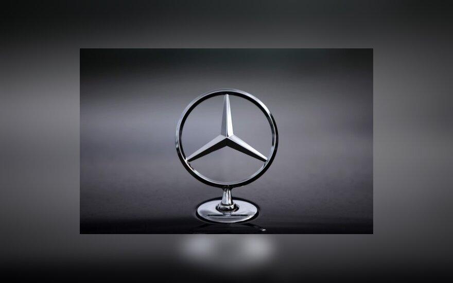 """Mercedes-Benz"" ženklas"