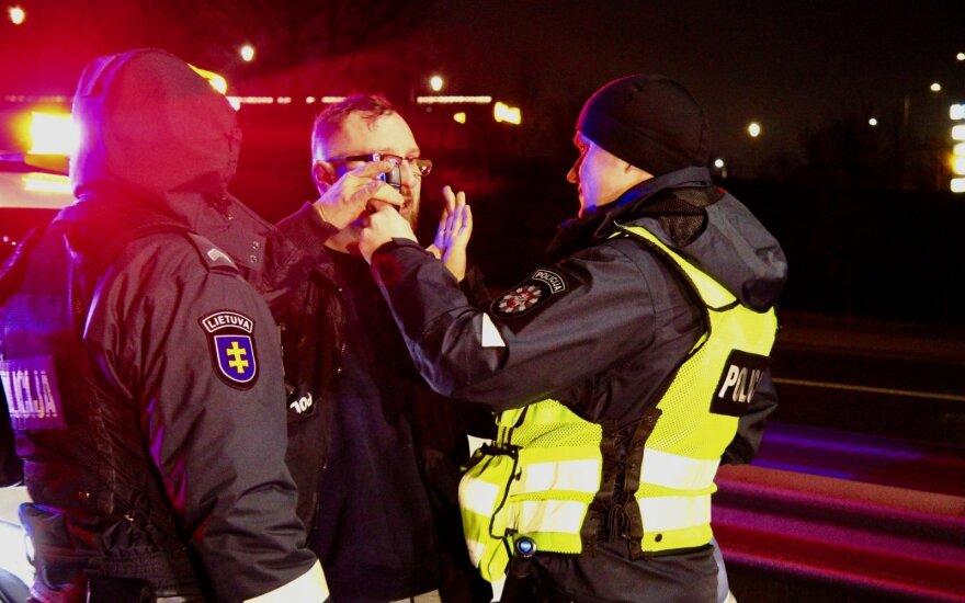 Girtutėlio vairuotojo nevykęs skrydis Vilniuje: po smūgio į BMW nusprendė išbandyti pareigūnų kantrybę