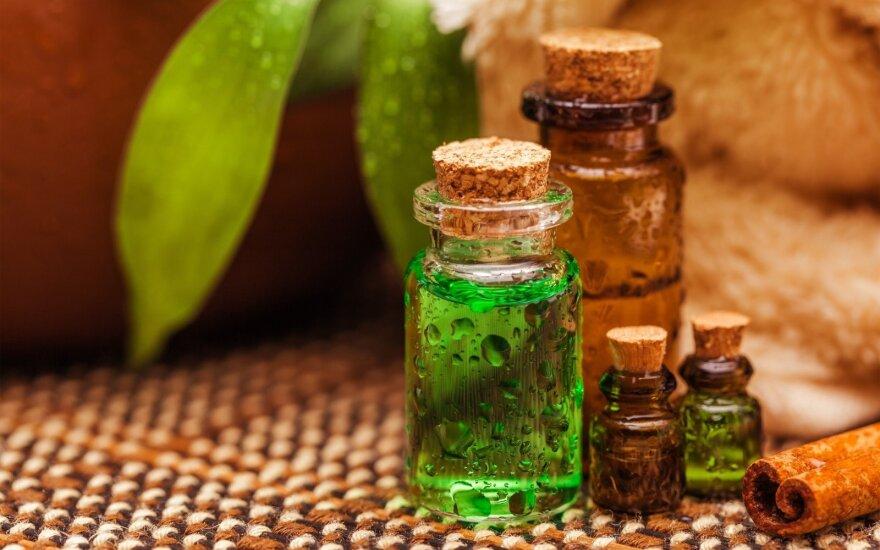 12 stebėtinų būdų namuose naudoti arbatmedžio eterinį aliejų