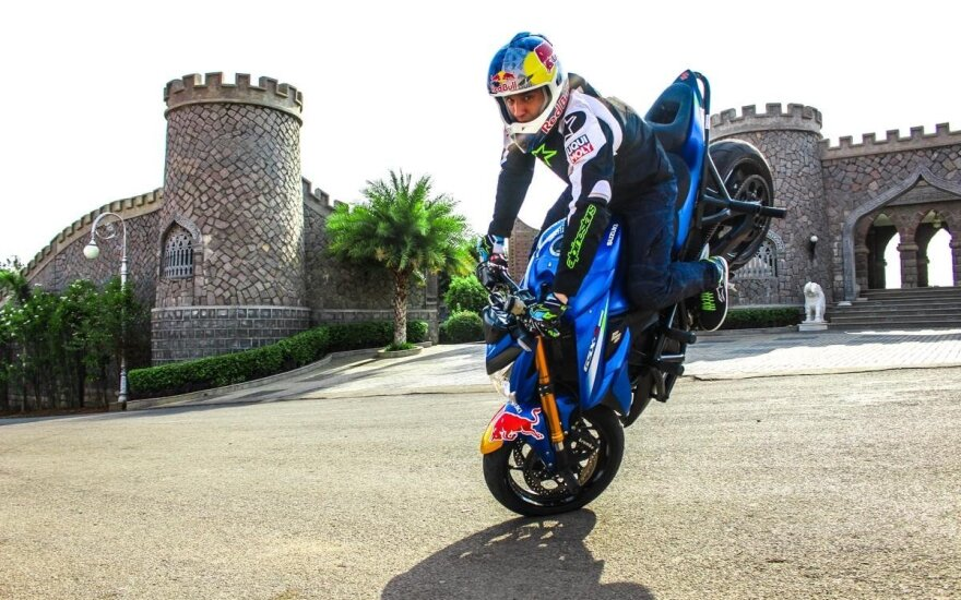 Lithuanian stunt motorcycle star wows viewers in India and around the world
