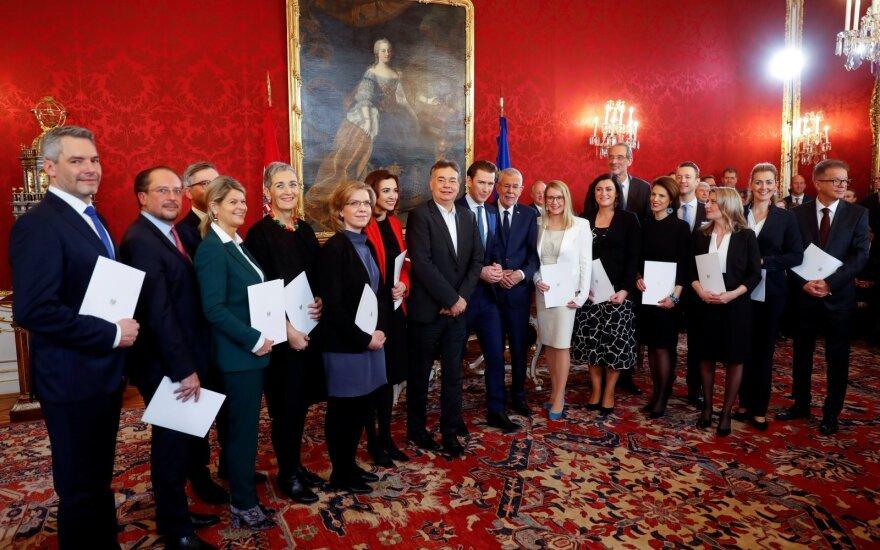 Prisaikdinta nauja Austrijos vyriausybė
