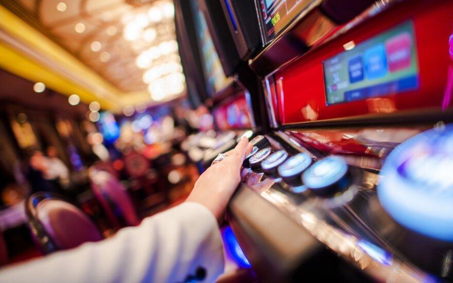 Įsigalioja griežtesnės Azartinių lošimų įstatymo nuostatos