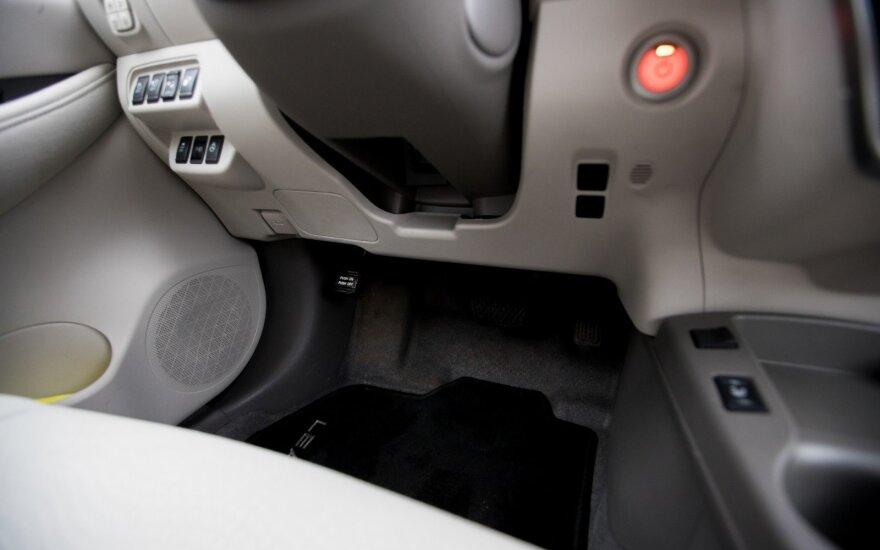 Ryškios elektrifikacijos tendencijos automobilių pramonės sektoriuje