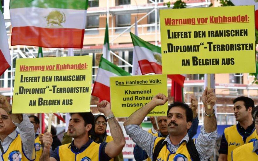 Irano aktyvistai reikalauja išduoti Assadollah Assadi Belgijai