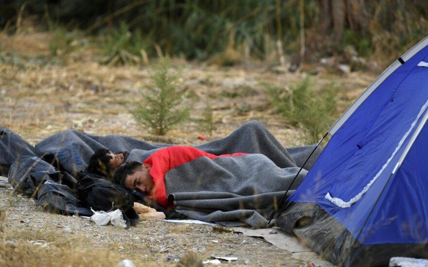 Graikijoje sunkvežimio priekaboje su šaldytuvu – 41 migrantas