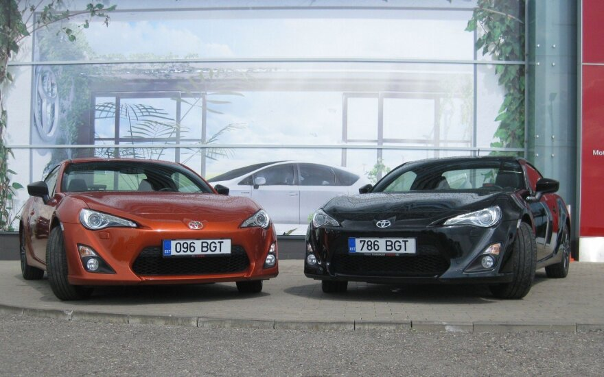 """""""Toyota"""" bandys pranokti pati save: kurs naują sportinį automobilį"""
