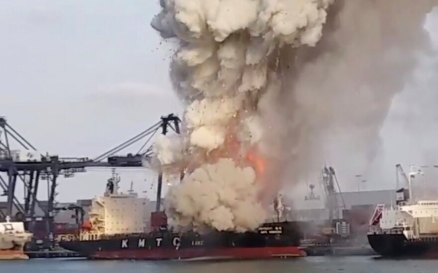 Per Tailando uoste kilusį gaisrą ir jo sukeltą sprogimą nukentėjo 25 žmonės