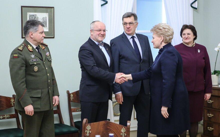 Vytautas Jonas Žukas, Juozas Olekas, Algirdas Butkevičius, Dalia Grybauskaitė, Loreta Graužinienė