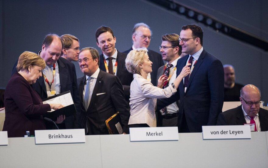 Angela Merkel, Arminas Laschetas