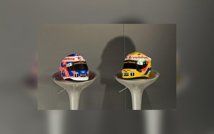 Jensono Buttono ir Lewiso Hamiltono šalmai