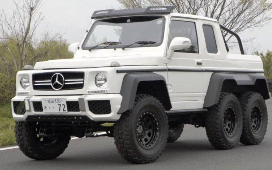 """G klasės """"Mercedes-Benz"""" iš dviejų """"Suzuki Jimny"""""""
