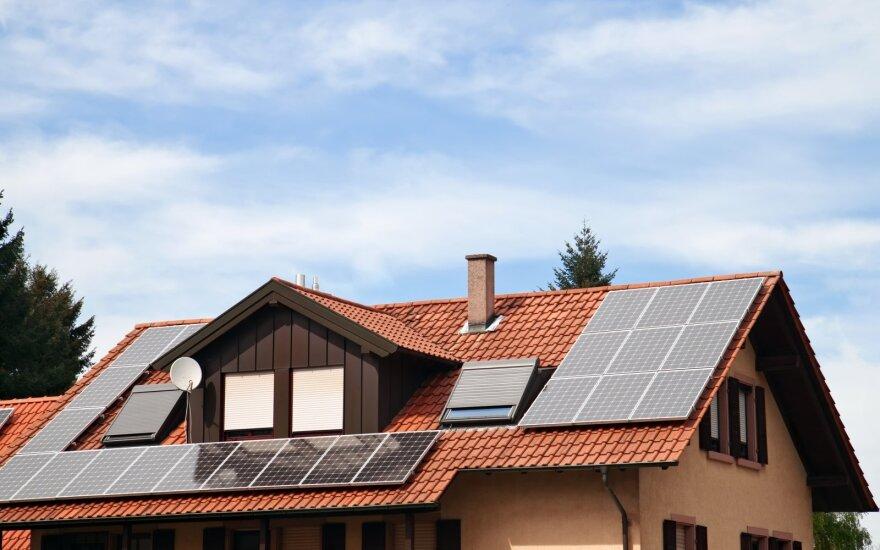 Namas, naudojantis saulės energiją