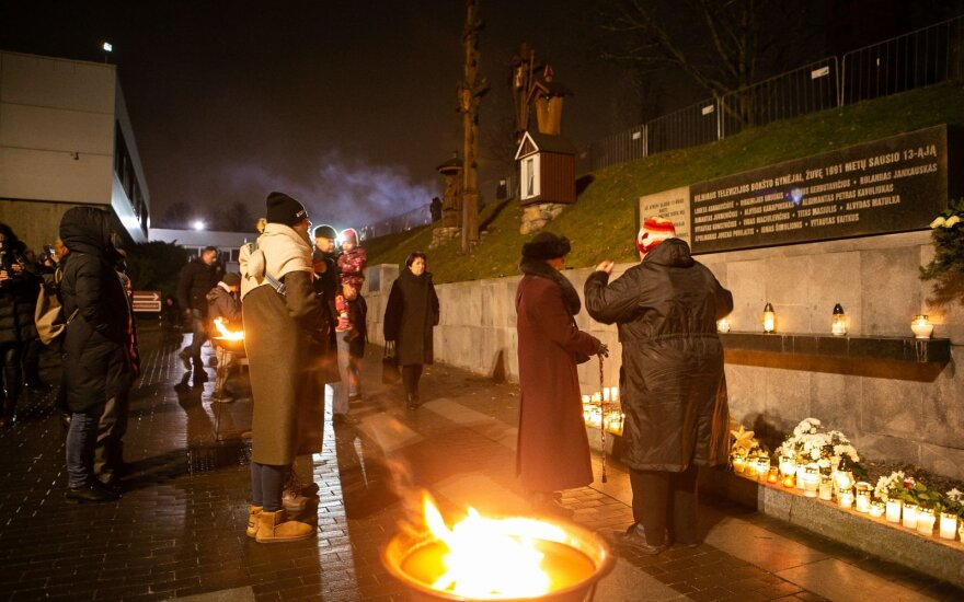 Lithuania marks Jan 13 anniversary and honors freedom defenders