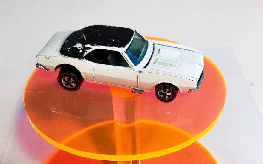 """Chevrolet Camaro"" modeliukas. Hypebeast.com nuotr."