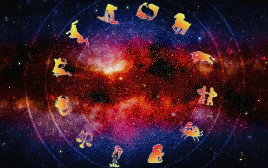 Astrologės Lolitos prognozė lapkričio 2 d.: stiprės emocijos
