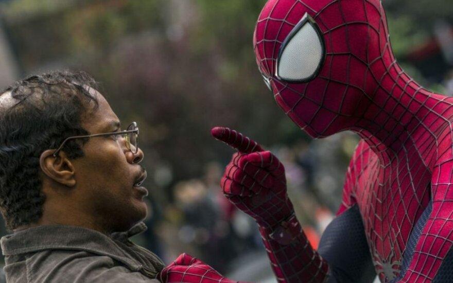 """Filmo """"Nepaprastas žmogus-voras 2"""" recenzija: tikras šių metų žanro hitas"""