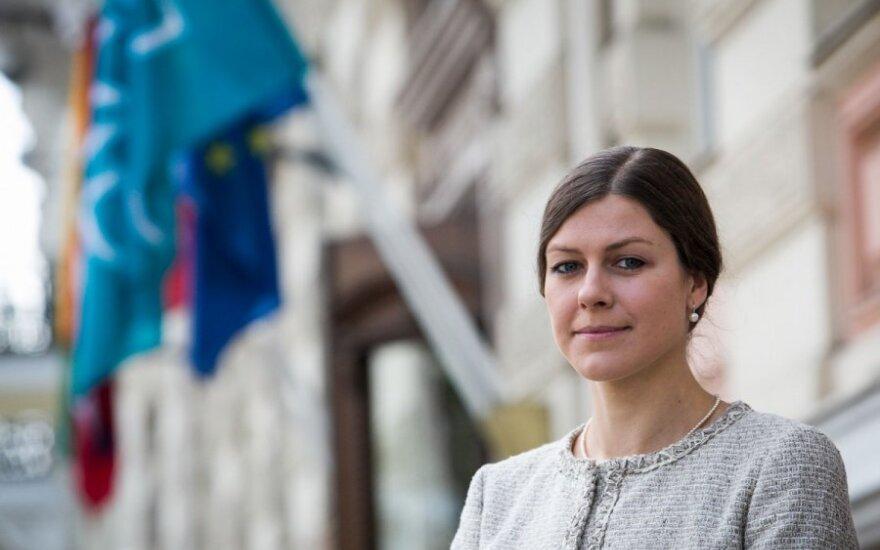 Indrė Genytė-Pikčienė. Donkichotiškos pastangos pažaboti infliaciją