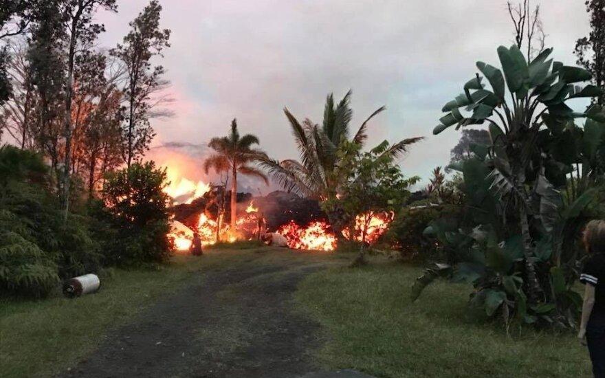 sunaikintas lietuvės namas Havajuose