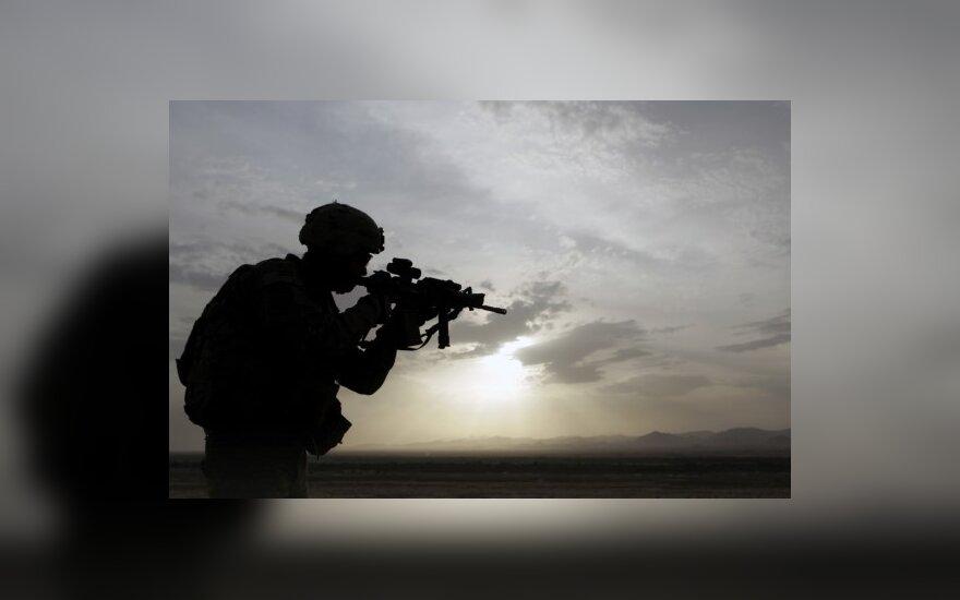 Japonija ir JAV pradėjo didžiausias bendras karines pratybas
