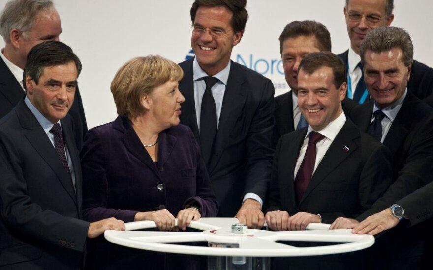 """""""Gazprom"""" pasiryžęs finansuoti """"Nord Stream 2"""" atšakos Vokietijoje tiesimą"""