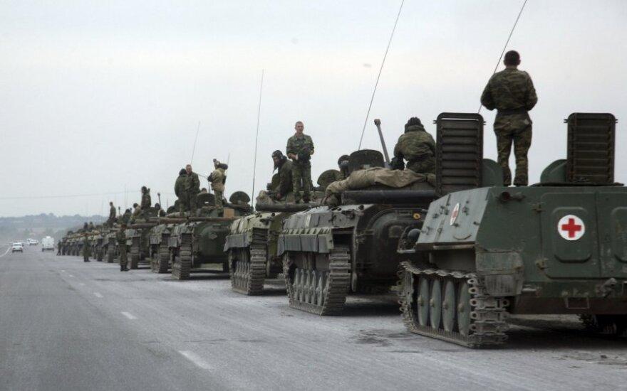 Nemcovo skvere politikai ragino Vakarų valstybes imtis konkrečių priemonių išspręsti konfliktą Sakartvele