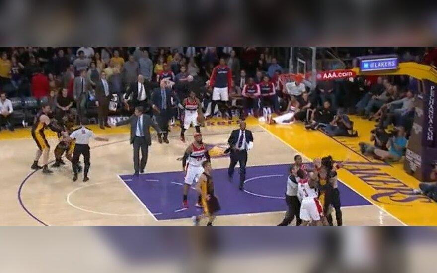 Krepšinio imtynės Los Andžele