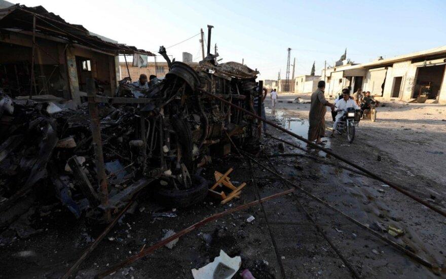 SOHR: Sirijos šiaurės vakaruose per režimo antskrydžius žuvo 10 civilių