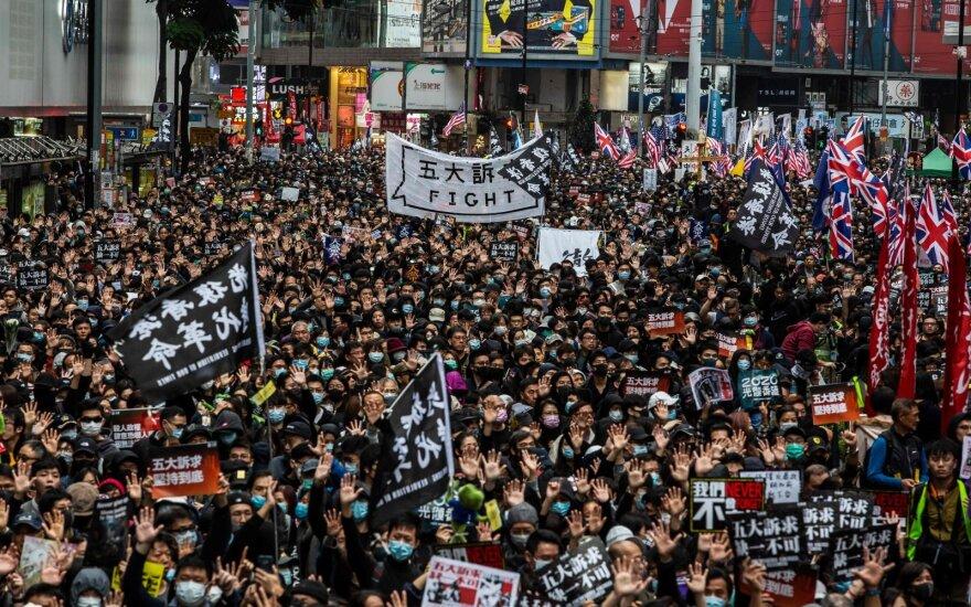 Kinija paskyrė naują pasiuntinį Honkonge
