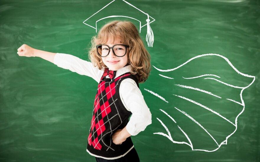 """Dalyvaukite vaikų piešinių konkurse """"Mano herojus 2017"""" ir padėkite atsinaujinti savo mokyklai ar darželiui!"""