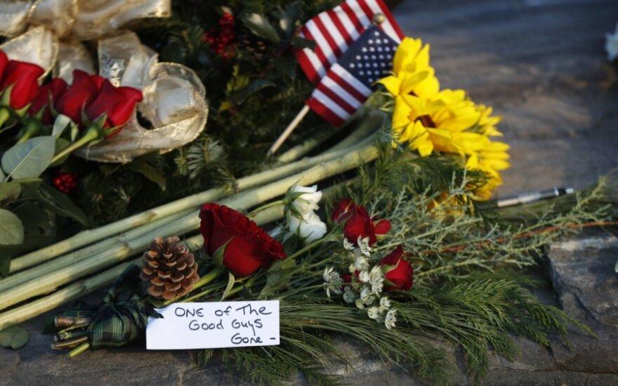 Amerika gedi George'o H. W. Busho