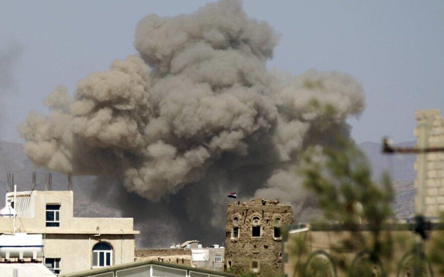 Saudo Arabijos vadovaujama koalicija neigia bombardavusi vestuvininkus Jemene
