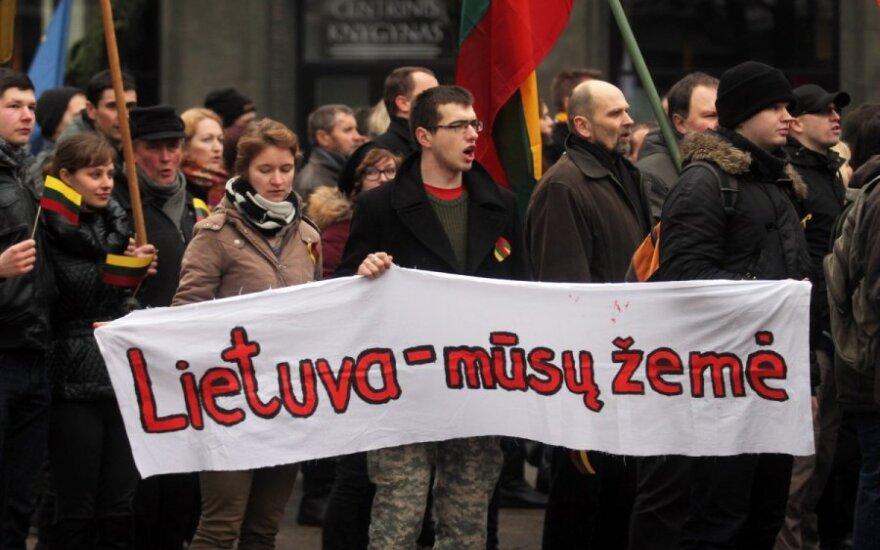 Kovo 11-ąją Vilniuje žygiuos ir tautininkai, ir jaunieji konservatoriai