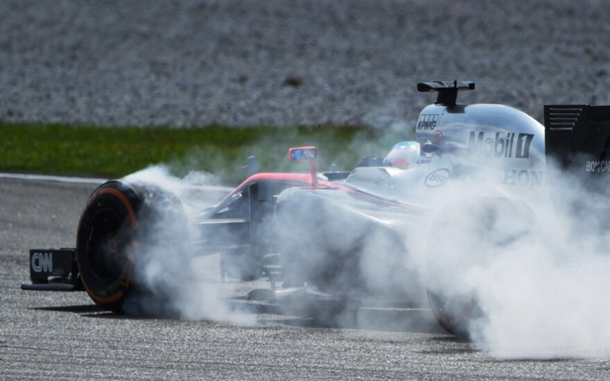 "Fernando Alonso su ""McLaren Honda"""