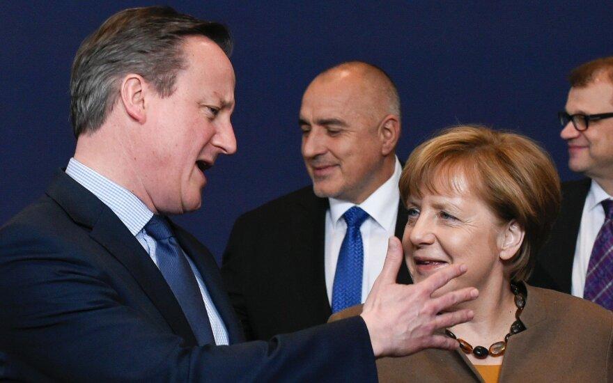 Davidas Cameronas, Angela Merkel