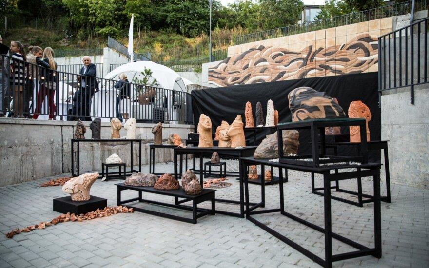 Sovietmečiu populiarus keramikos menas šiandien ieško savo kelio