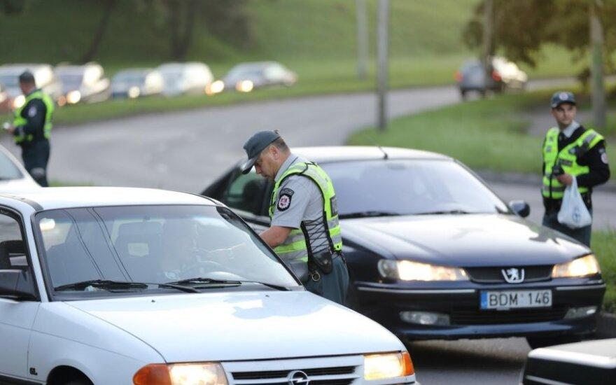 Vyriausybėje – siūlymai dėl balų sistemos ir nulio promilių vairuotojams