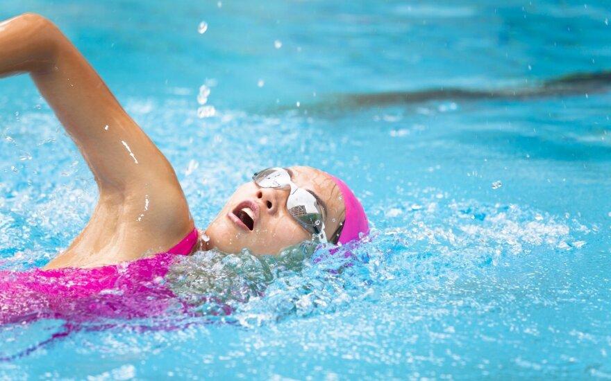 Kodėl plaukioti geriau nei bėgioti ar važiuoti dviračiu