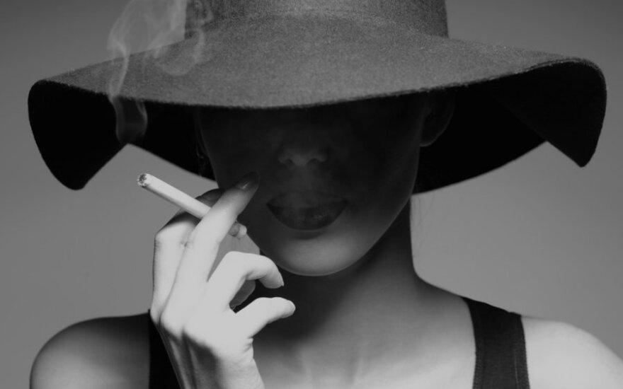 Ar Lietuva priims skandalingą Tabako direktyvą, draudžiančią mėtines ir plonas cigaretes?