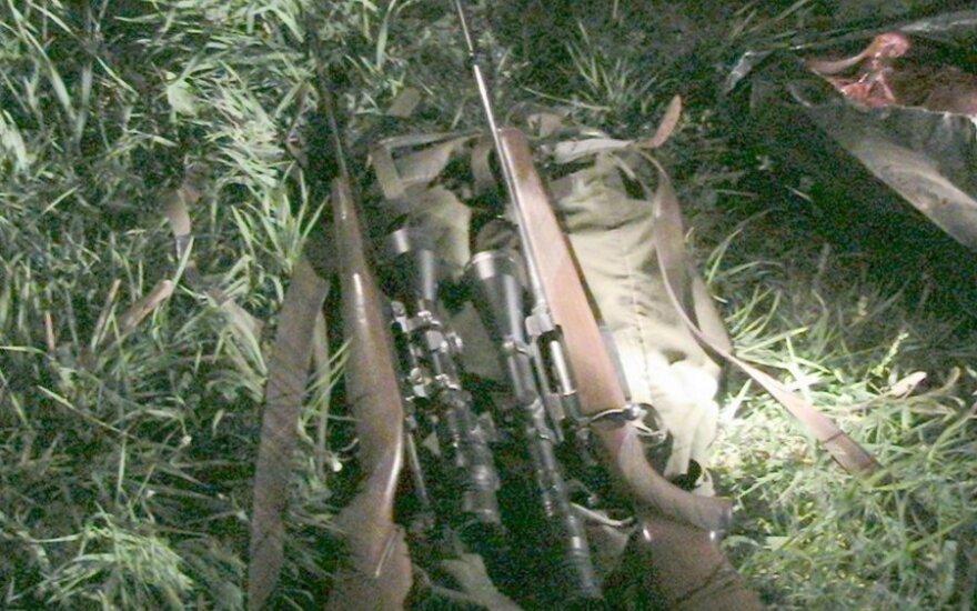 Šautuvai su naktinio matymo prietaisais