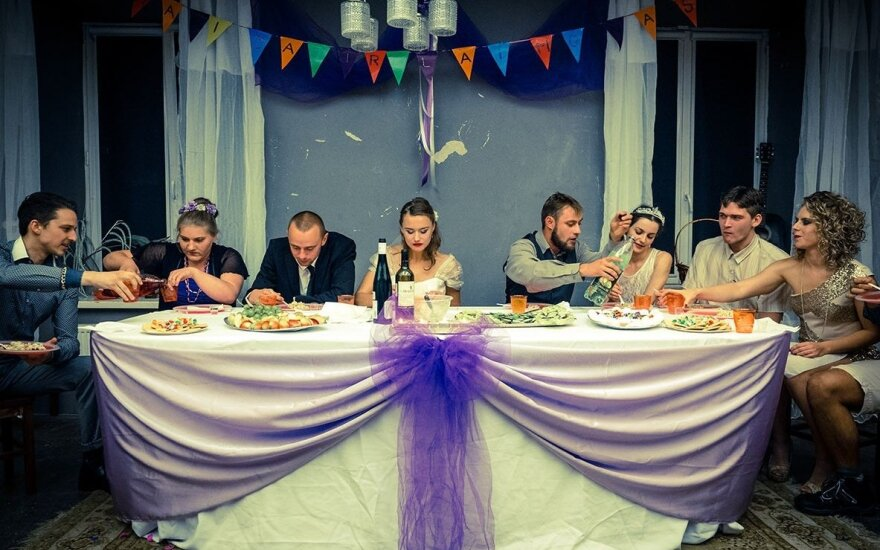 """Scena iš spektaklio """"Vestuvės"""""""
