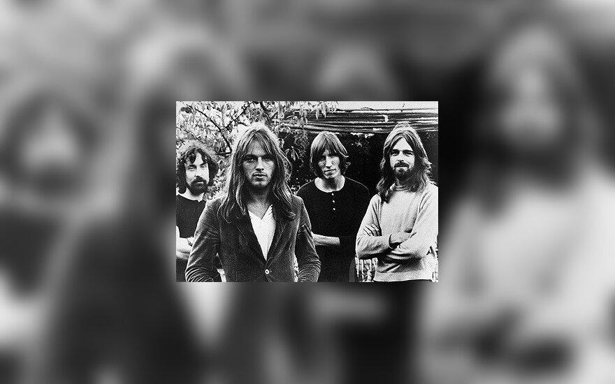 """""""Pink Floyd"""" iš kairės į dešinę: Nickas Masonas, Dave'as Gilmouras, Rogeris Watersas, Rickas Wrightas."""